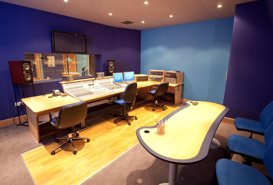 studio-one-1